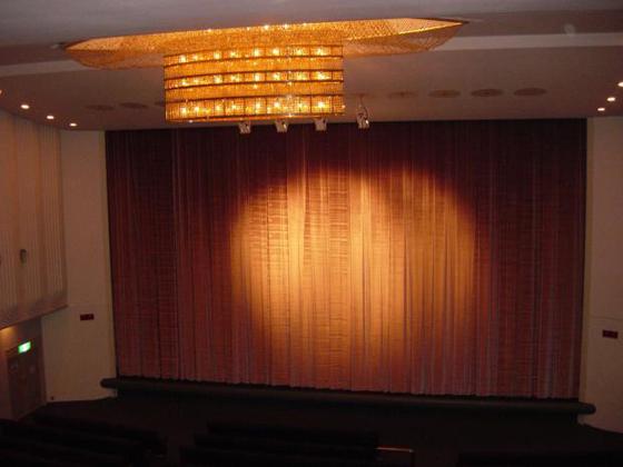 映画館の新宿ミラノと丸の内ルーブルが閉館へ。大型シネマコンプレックスの波には勝てず
