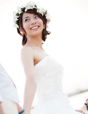 双子美人姉妹の三倉佳奈、第一子妊娠。現在5ヶ月と発表。