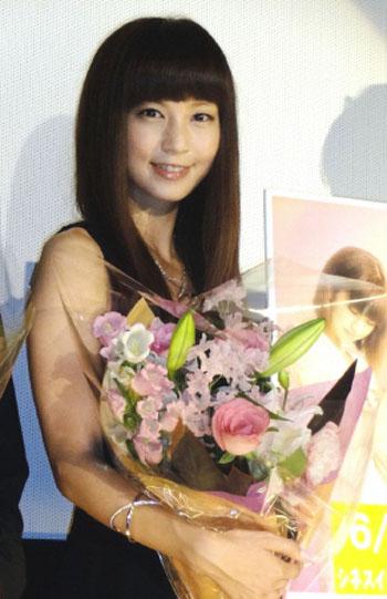 """安田美沙子、主演映画の舞台挨拶で自身が""""子宮内膜症""""で通院していることを告白"""