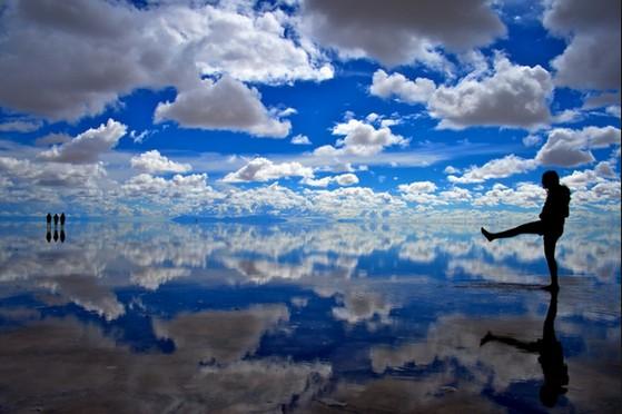 この夏ぜひとも行ってみたい絶景納涼スポット‼ウユニ塩湖ほか