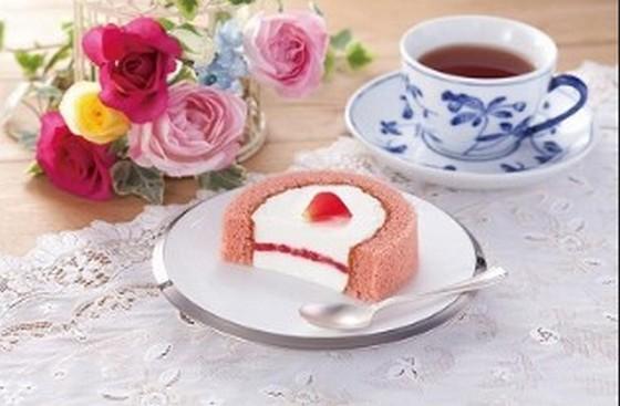 ローソンのうちカフェシリーズ「プレミアムバラのロールケーキ」の薔薇の女子力っぷりが半端ない!?と大評判!