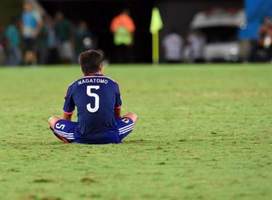 サッカーW杯 長友 取材後に悔し涙「こんな一瞬で」