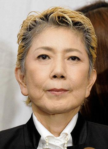 水前寺清子、脊椎管狭窄症の手術に4時間の闘い。無事成功し、23日の退院を目指す