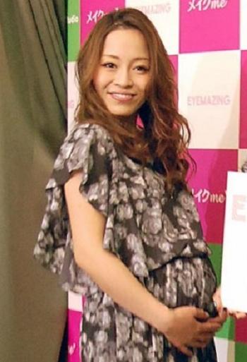 小森純が第一子となる男児を出産「18時間の長い道のりでした」
