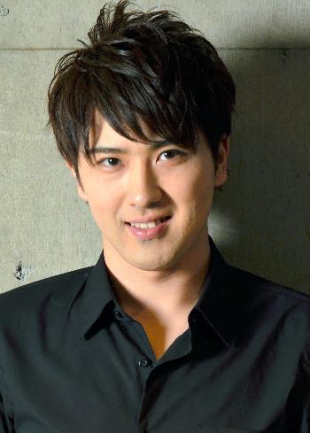 尾上松也アラフォー熟女と車中キス報道で謝罪 前田敦子との交際はどうなった?