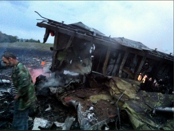 HIVの研究者100数名をはじめとする一般人が大々的に巻き込まれる事件が起きてしまった・・・マレーシア機ウクライナ上空で撃墜。