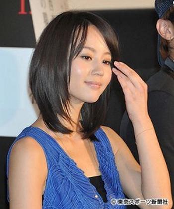 嵐の櫻井翔と堀北真希が真剣交際 結婚前提? 4年前のドラマ共演がきっかけ