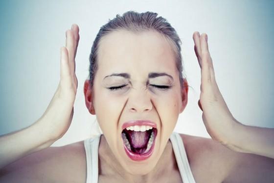 男女両方読んでほしい!!多くの女性が苦しめられている月経前症候群【PMS】と、その改善方法について