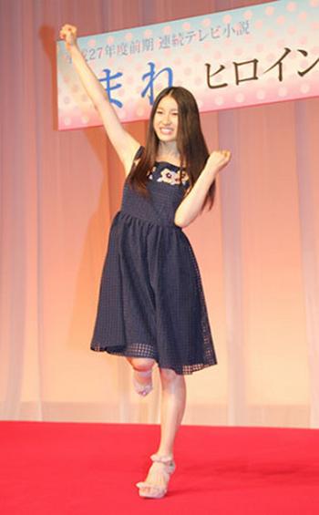 土屋太鳳 NHK朝ドラ「まれ」ヒロインに 「おひさま」「花子とアン」に続き3度目