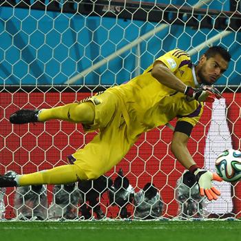 FIFAワールドカップ2014年ブラジル大会 準決勝 オランダ対アルゼンチンはPK戦を制し決勝進出!スコアレスドローと言う一点を巡る死闘を制しました