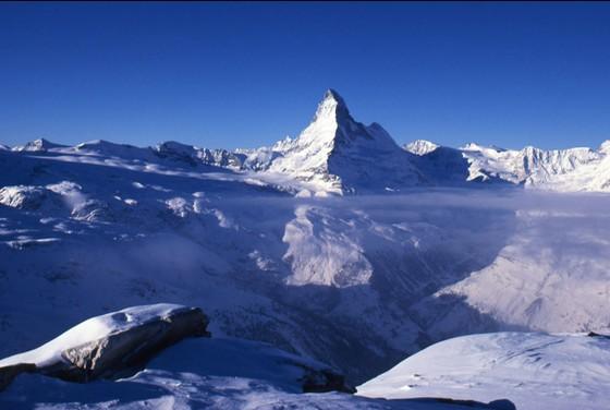 空気がおいしいスイスへまさかの「自殺旅行」!?安楽死求め世界から自殺目的の人々集まる