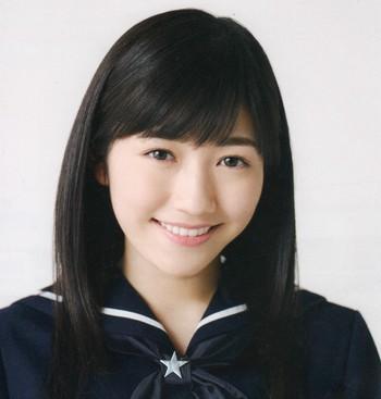 全国の厳しい&変わった高校の校則!?有名女子高の制服を着たAKB48渡辺麻友の魅力