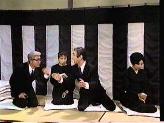 絶対に笑ってはいけないお葬式!?「携帯の着信音がマツケンサンバ」「和尚さんが『はあぁぁあ!』」等笑いをこらえがたい実録集