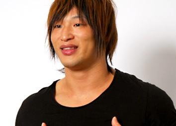 飯伏幸太 頸椎椎間板ヘルニアで長期欠場 新日本プロレスとDDTに所属