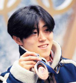 植松仁(長野オリンピック銅メダリスト)を暴行容疑で逮捕 電車内で女性に体液